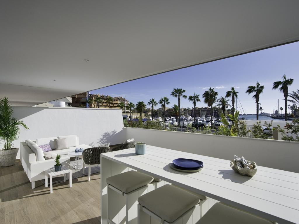 B2_1_Pier_apartments_Sotogrande_Terrace_Mz 2020